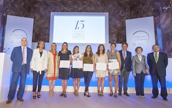 Ceremonia de entrega de las Bolsas de Investigación 2015 For Women in Science