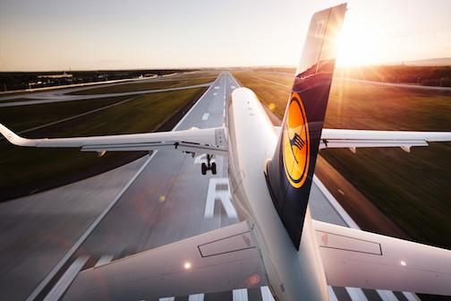 Lufthansa A320-200 beim Landen // Lufthansa A320-200 landing