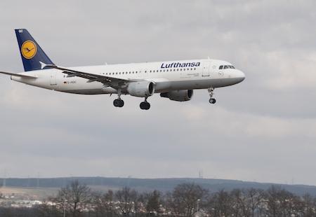 El Grupo Lufthansa incrementa un 25% sus operaciones en Sevilla