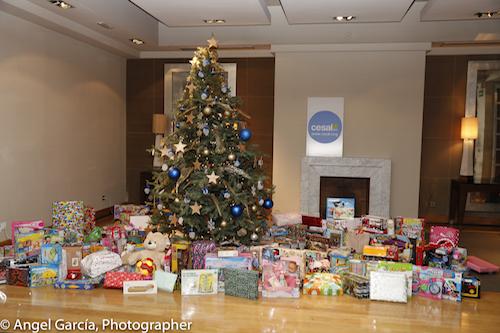 Thales dona de más de 400 juguetes para niños de familias desfavorecidas madrileñas
