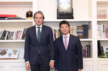 Huawei comparte con el Ministro de Fomento el compromiso de la compañía en el mercado español