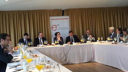 """""""Encuentros con los socios"""" con Eva Valle, directora de la Oficina Económica del Presidente del Gobierno"""
