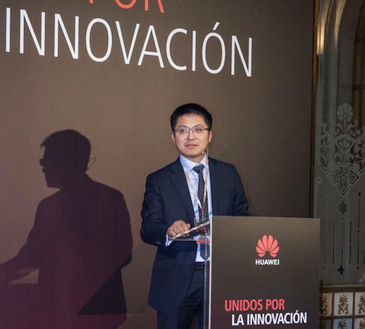 Tony Jin Yong, CEO de Huawei, reafirma el compromiso de la compañía por contribuir al desarrollo de la economía digital